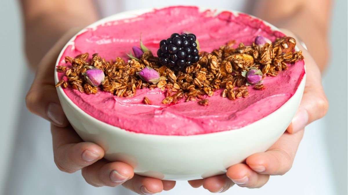 Celltrient Recipe: Dragon Fruit Smoothie Bowl