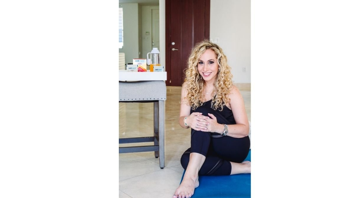 TV host Jeannette Kaplun with Celltrient Energy products