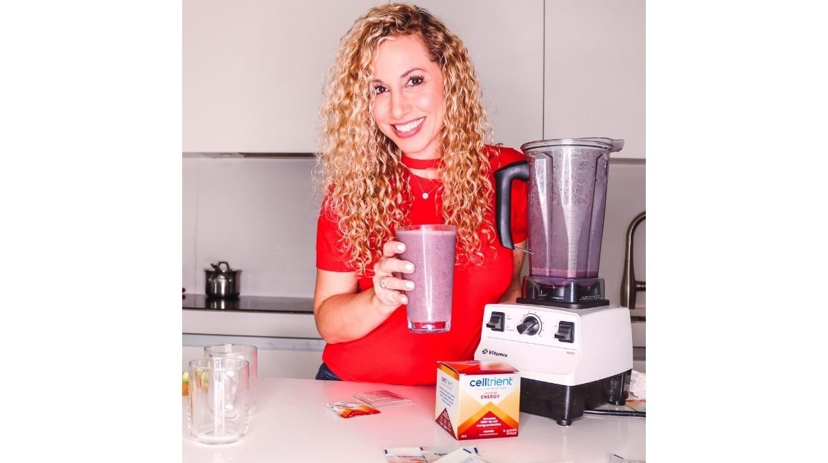 Jeannette Kaplun making a smoothie using Celltrient Energy Drink Mix