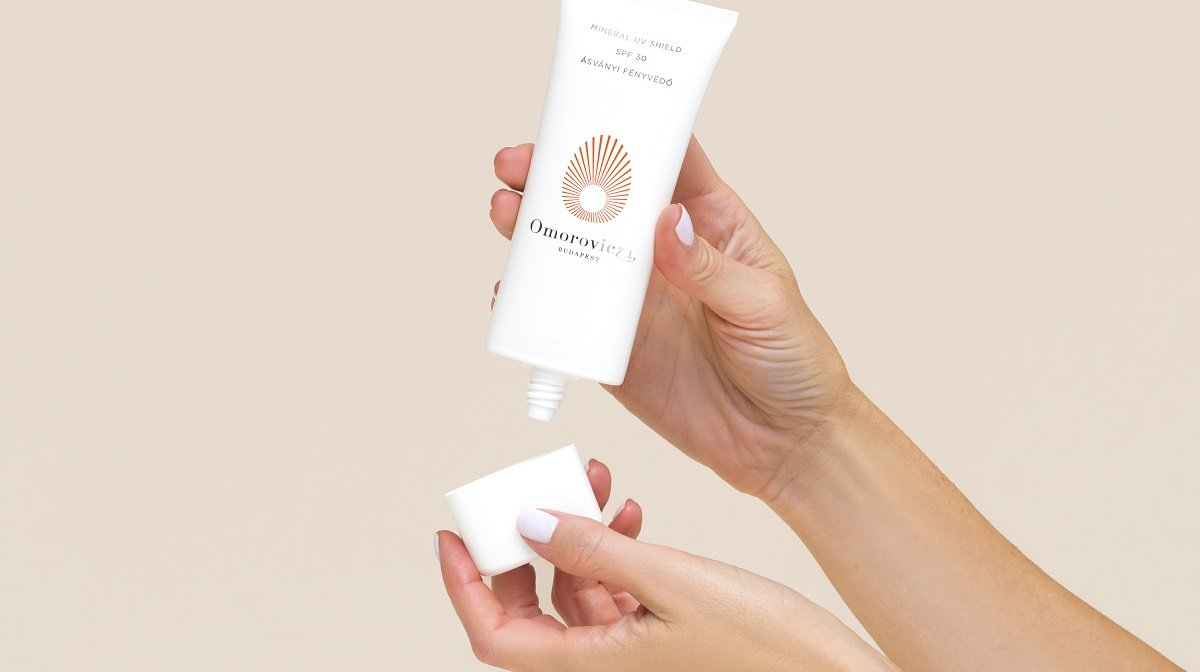 The Benefits Of Sunscreen: Younger, Firmer & Plumper-Looking Skin