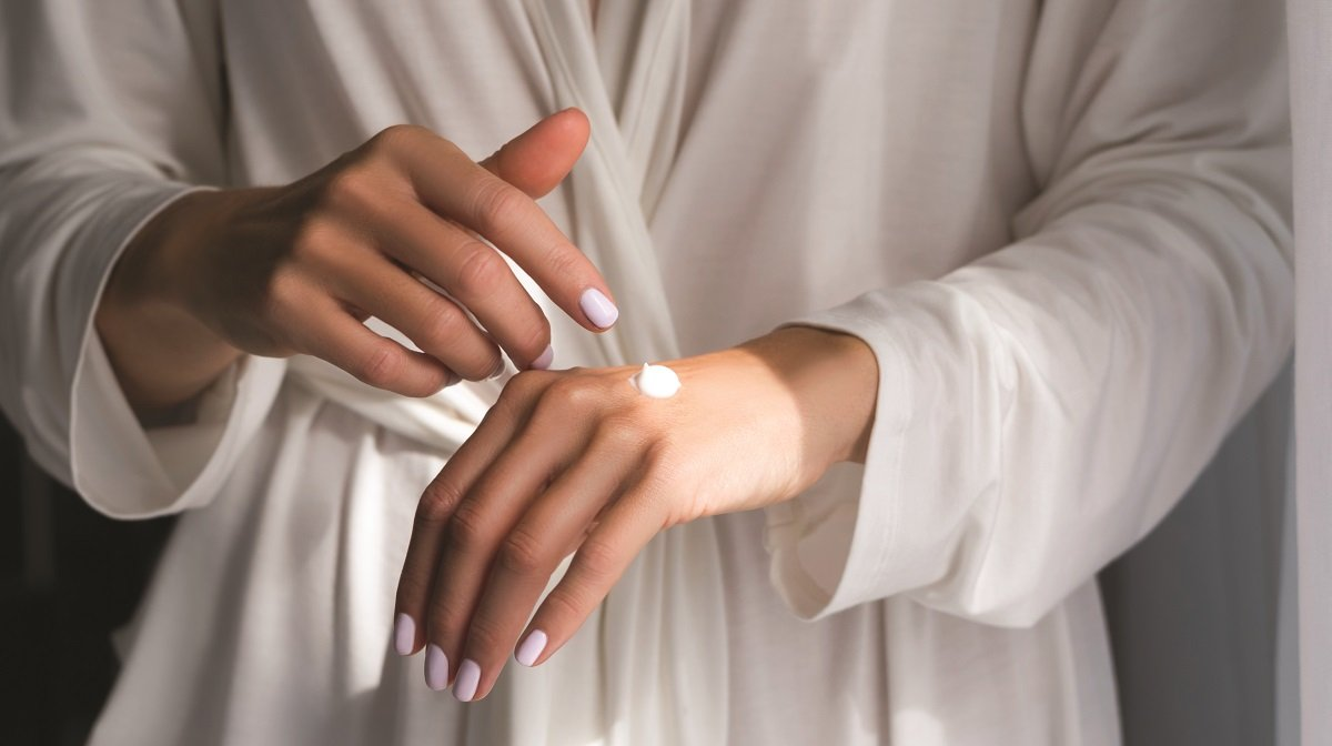 Treat Dry Hands: A Three-Step Hand Care Routine