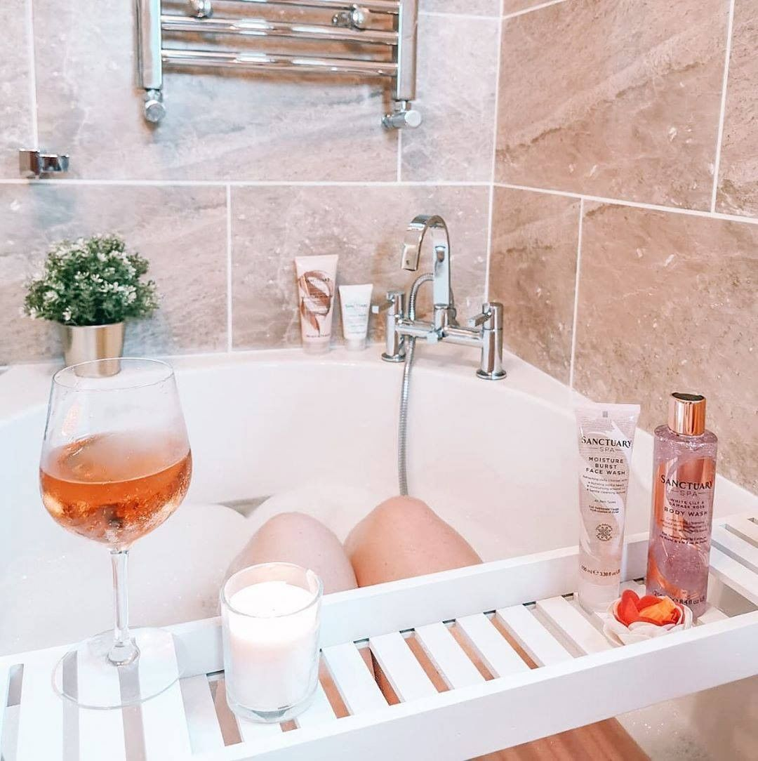 hot bath benefits