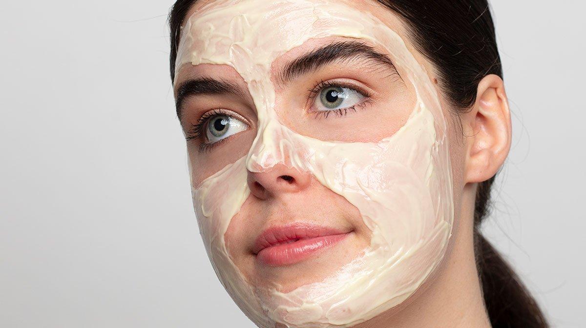 manuka honey skincare face mask