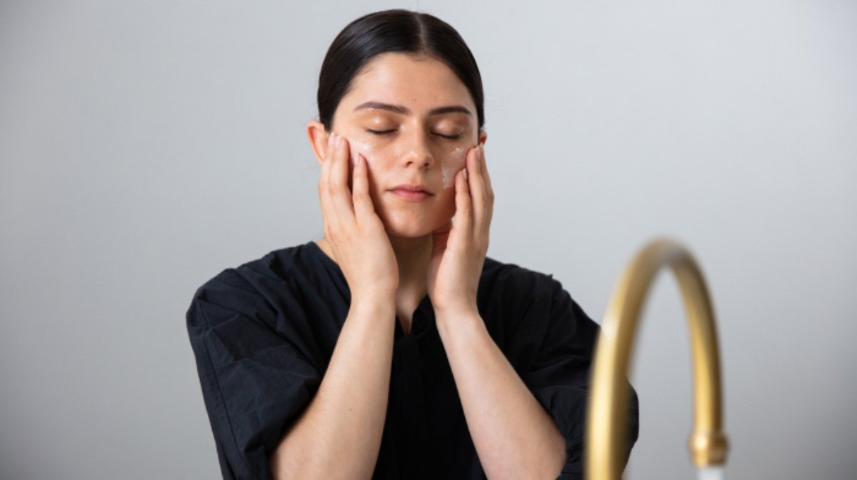 How to Treat Inflammation On Face | Antipodes UK