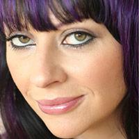 Celebrity Makeup Artist   Creator of the beautyblender