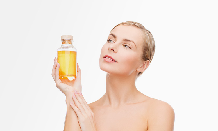 5 Facts About Rosehip Seed Oil and Why Your Skin Needs It