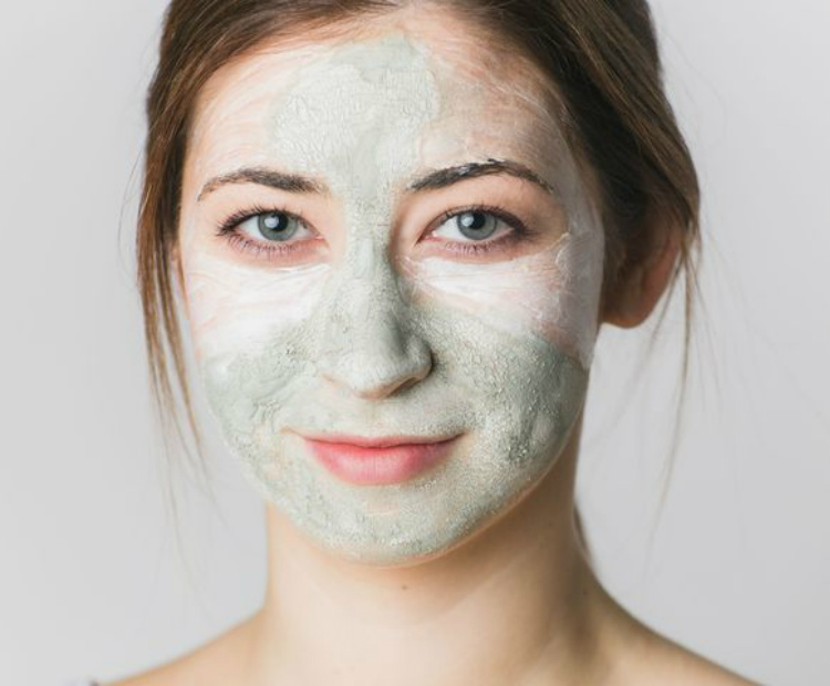 The 4 Best Ingredients for Acne Prone Skin