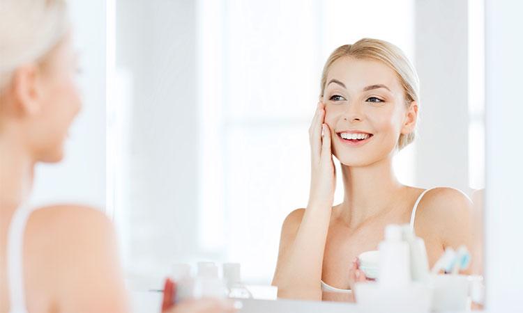 9 Ways to Slip Salicylic Acid into Your Beauty Routine