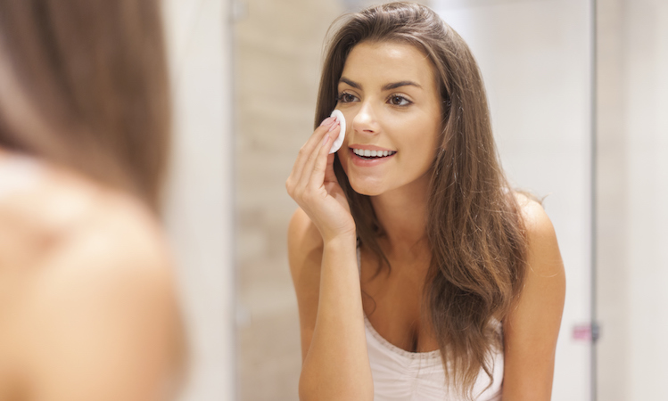 6 Ways to Use Micellar Water in Your Skin Care Routine