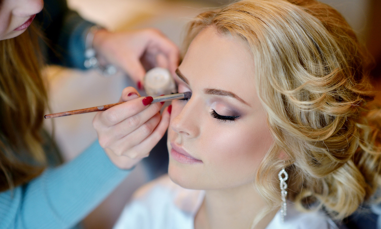 8 Wedding Makeup Tips & Recommendations That Will Never Go Out of Style
