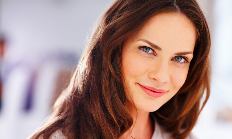 How to Use Retinol: 6 Myths & Facts to Help You Understand