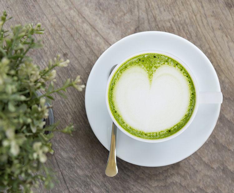 matcha green tea latte I Dermstore Blog
