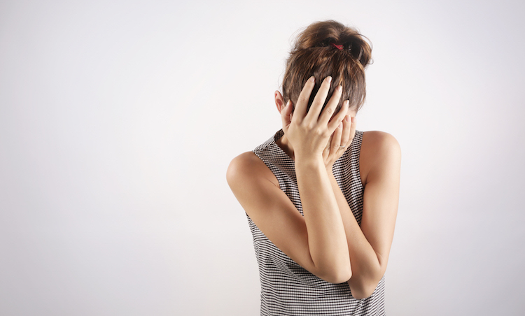 Acne on Scalp: Causes & Treatment Options