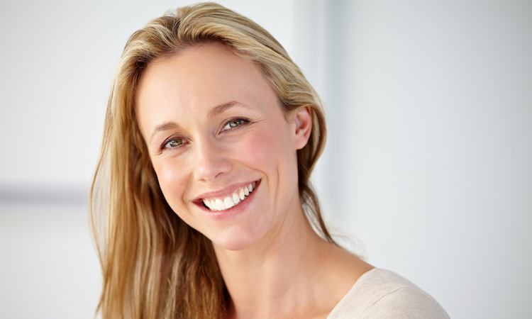 What Anti-Aging Ingredients Are Best for You? We Asked the Experts