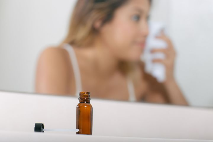 How the Face-Oil Cleansing Method Works