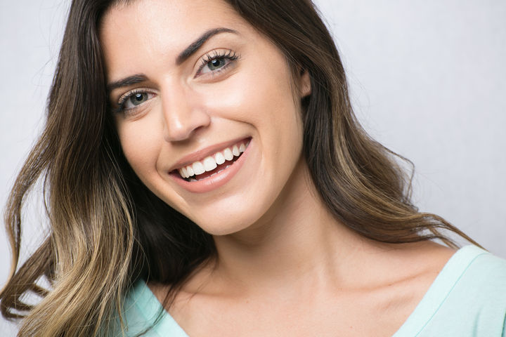 How to Choose a Treatment for Thin Skin Under Eyes