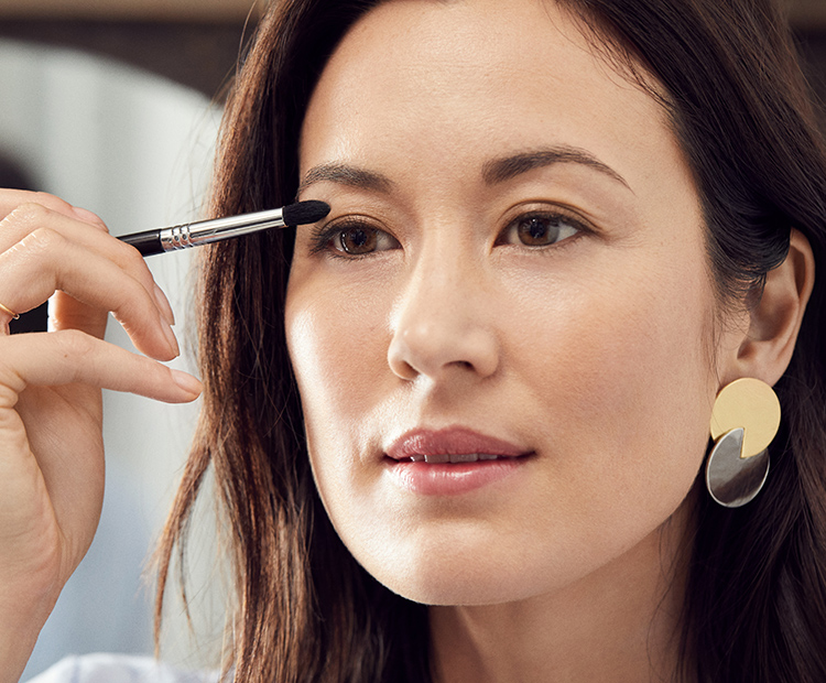 10 Makeup Techniques That Will Make
