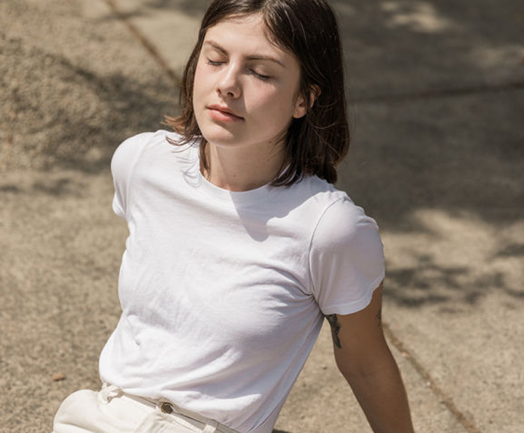 model relaxing in the sun