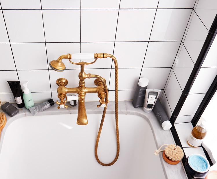 bathtub essentials 2