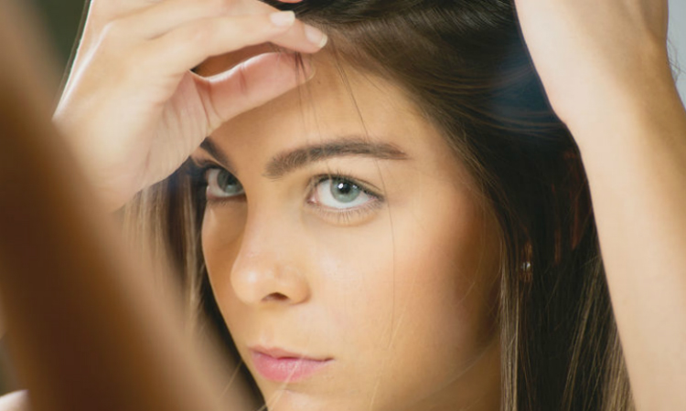 What Are the Causes of Hair Loss Around Hair Line?