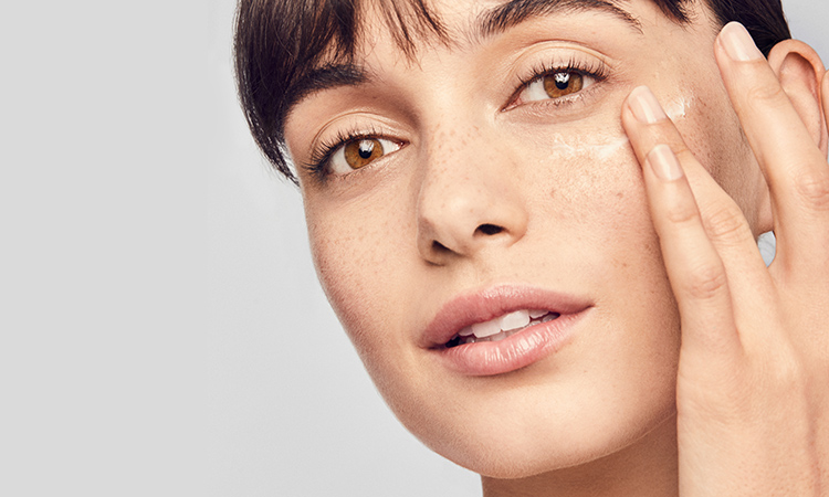 How to Treat Red, Sensitive and Rosacea-Prone Skin