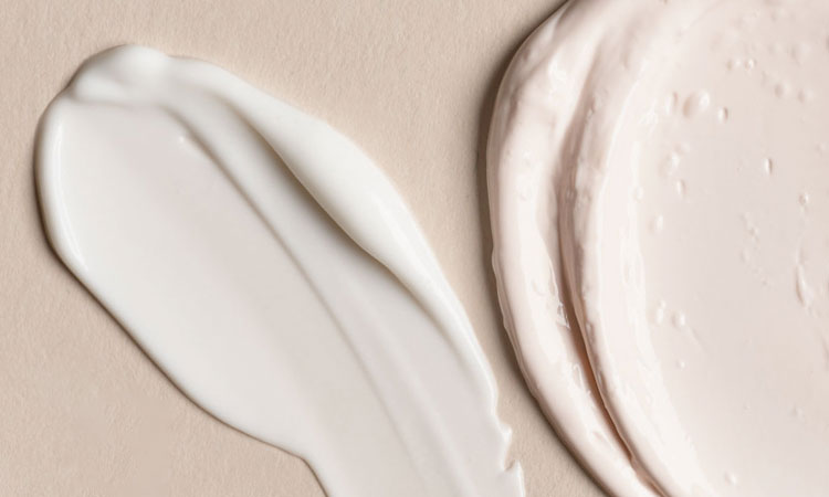 Hydrator vs. Moisturizer: What's the Difference and Which One Do You Need?