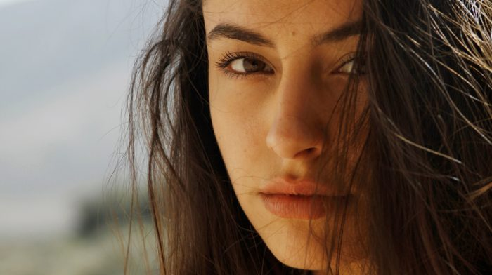8 Frizzy Hair Solutions That Actually Work