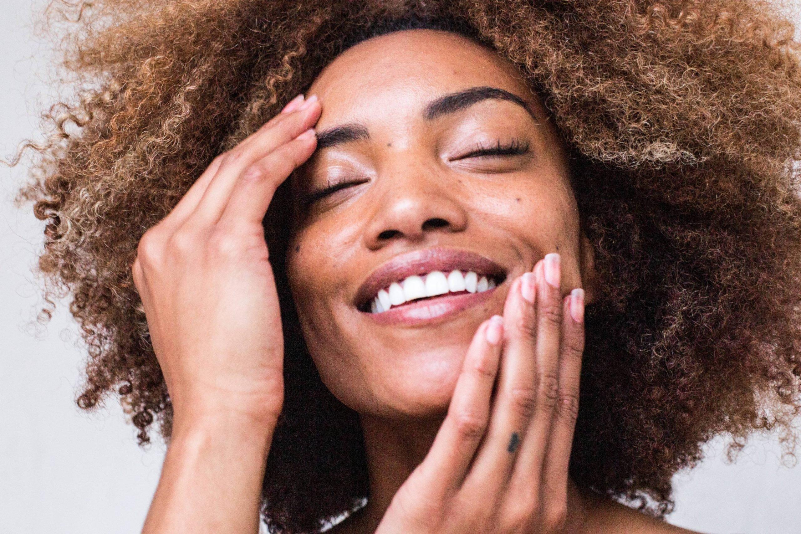 Os melhores tratamentos para espinhas, acne e manchas