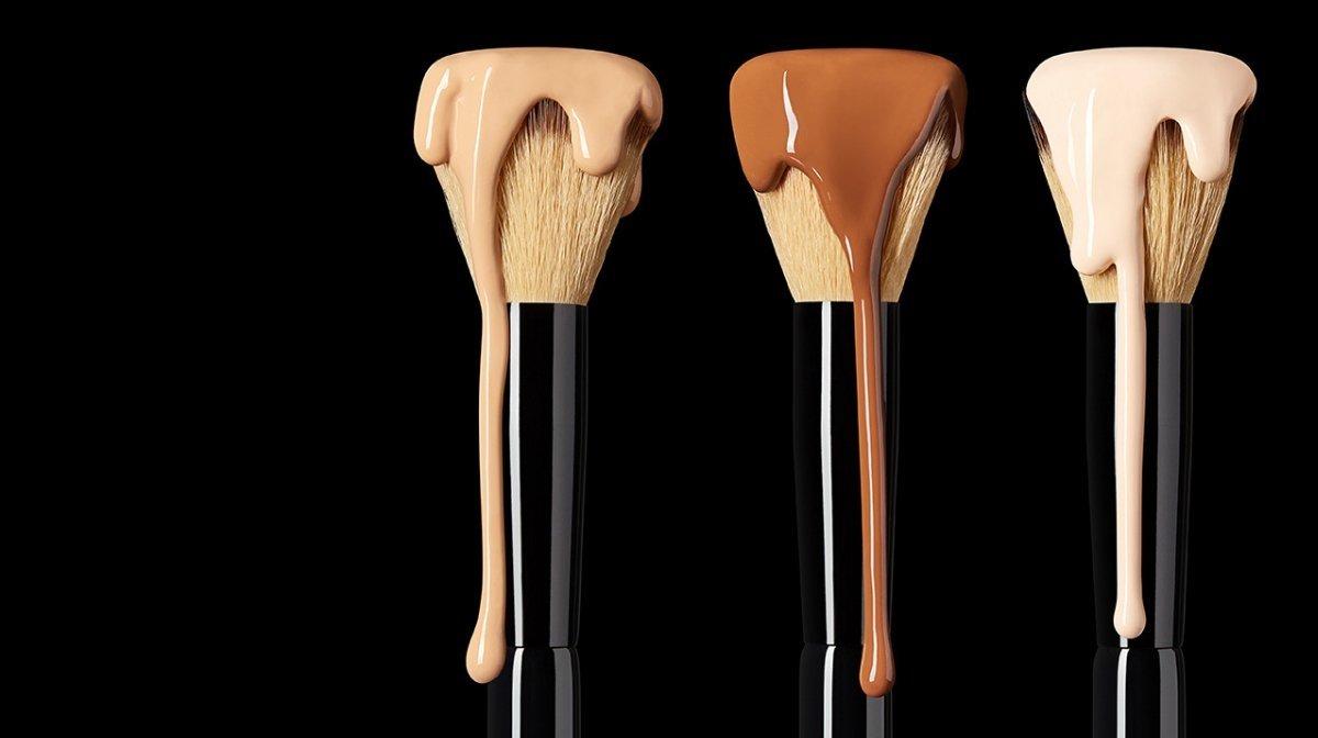 10 Pincéis Essenciais de Maquilhagem
