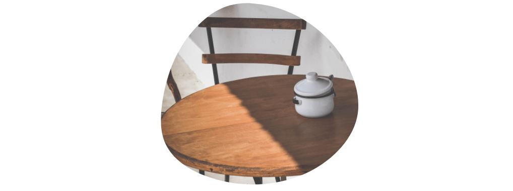 preloved furniture - wooden table