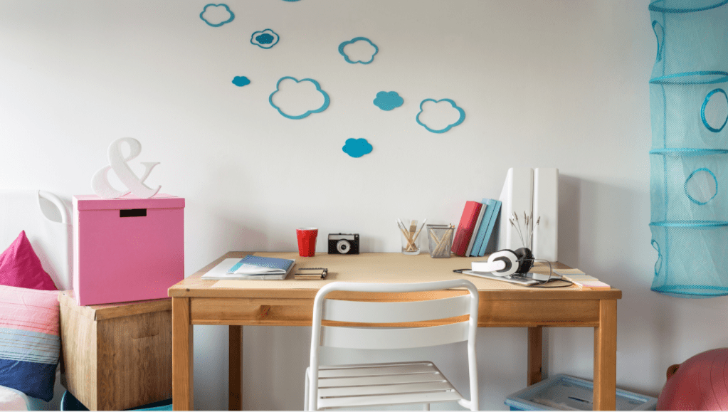 Why Decorate Your Student Room Second Hand?
