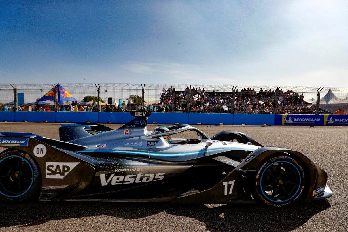 The Marrakesh Formula E track has desert surroundings
