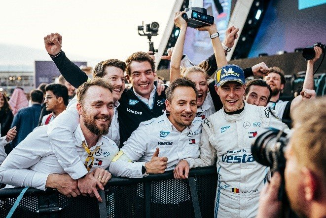 Stoffel Vandoorne celebrating at the Saudi ePrix