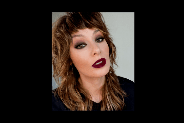 HOW TO DO A MATTE BLACK EYESHADOW LOOK