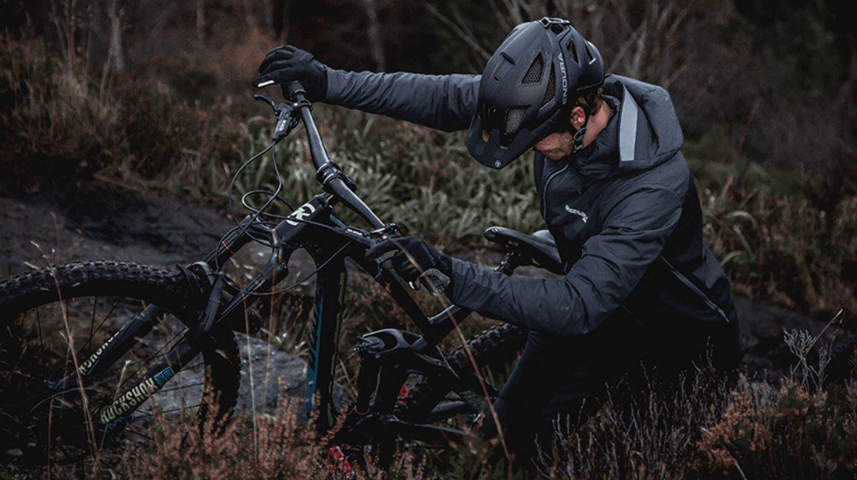 #RideEssentials – Tog Up For Winter MTB