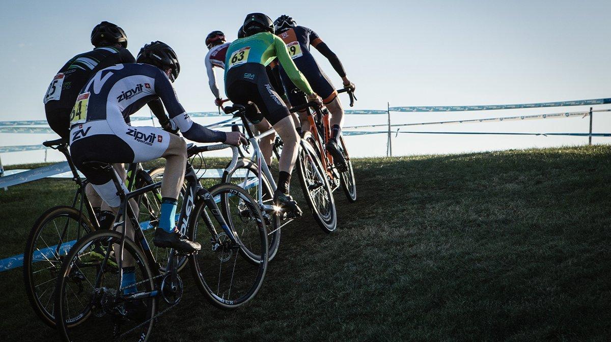 Peloton of cyclists take corner in Endura apparel