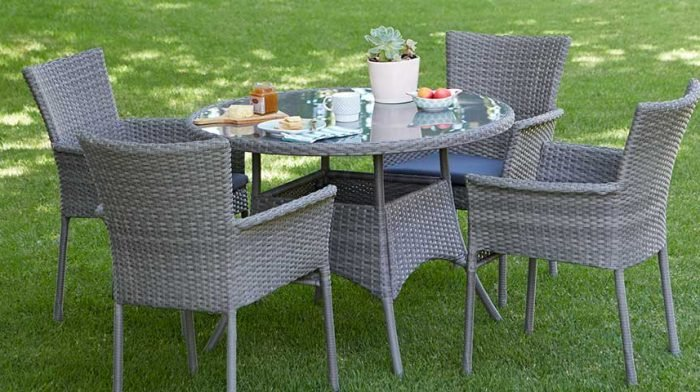 Garden Furniture and Accessories Buying Guide