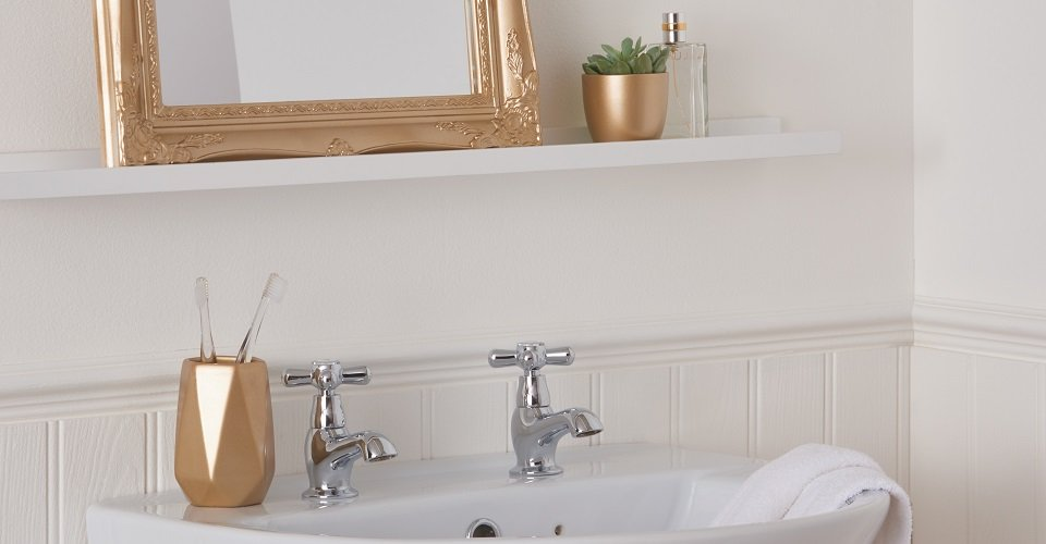 10 Ideas To Refresh Your Bathroom