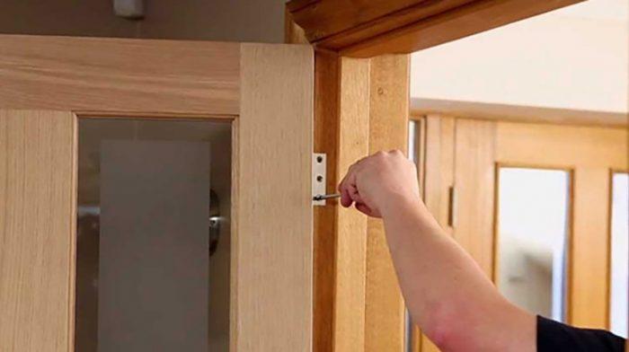 How To Hang Internal Doors