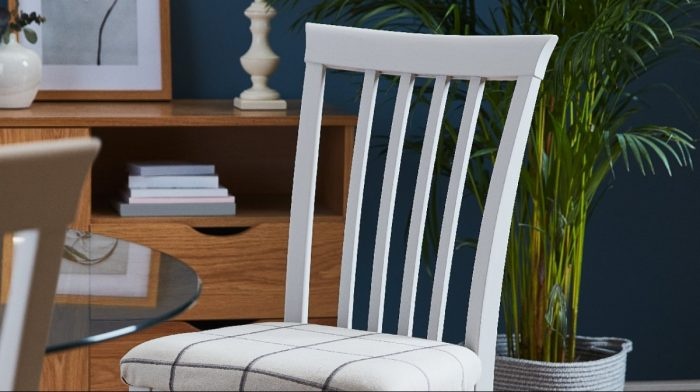 How To Upcycle an Old Wooden Chair