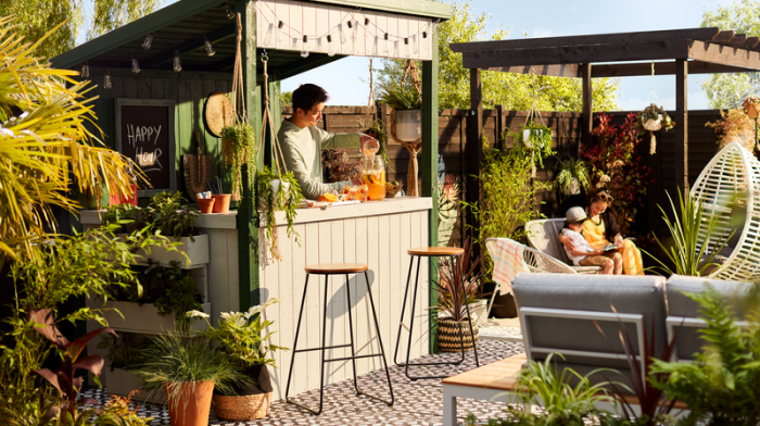 How to Make an Outdoor Garden Bar