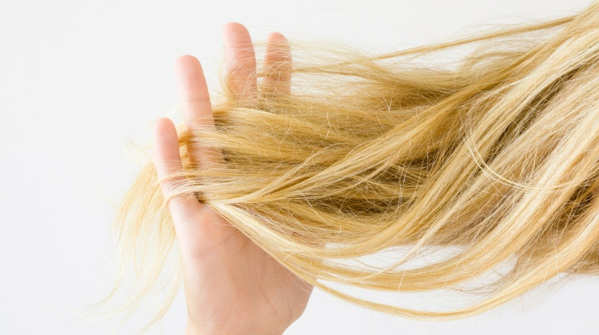 How to Rescue Dry Hair