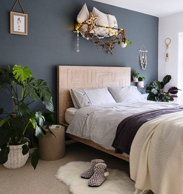 navy master bedroom wall