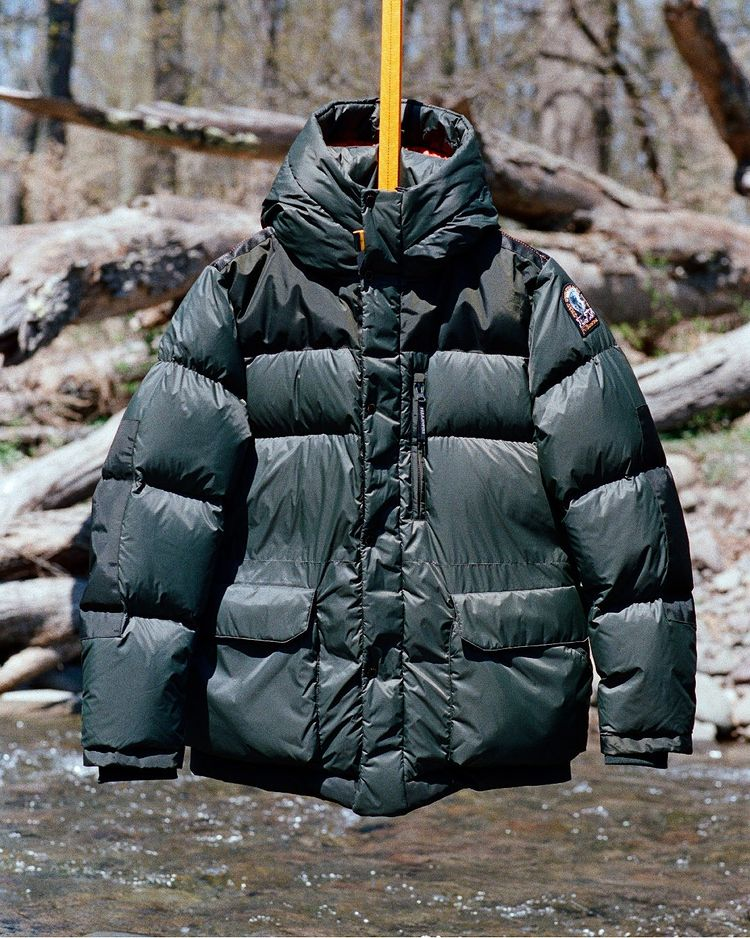 parajumpers jacket outdoors