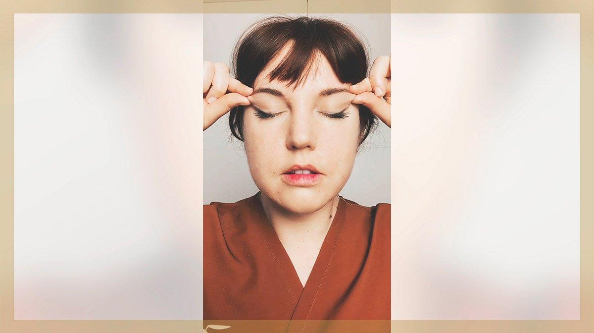 Auto-massage : quels gestes pour détendre mon visage ?