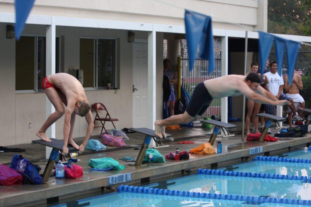 Ryan Murphy diving into pool
