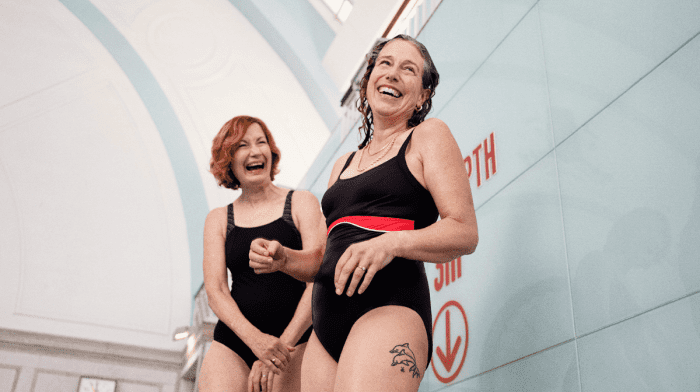 Finde Den Richtigen Badeanzug Für Deine Figur
