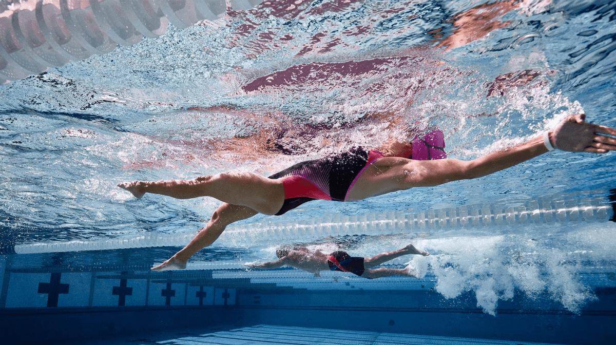 Les meilleurs aliments pour les nageurs sérieux et compétitifs