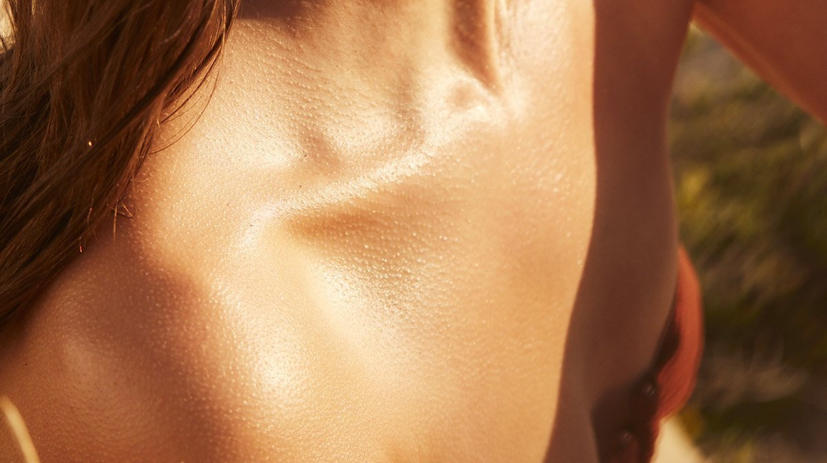 How can you apply your self-tan without streaks?