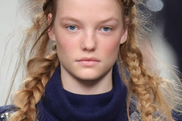 The Biggest Beauty Trend to try from London Fashion Week